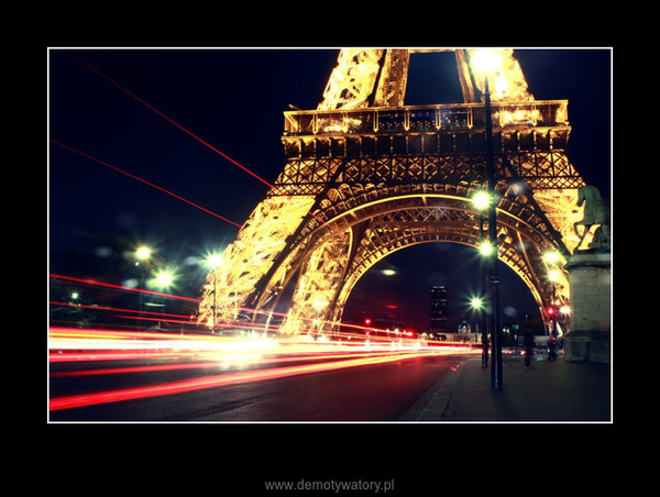 Paryż nocą - Imigranci –