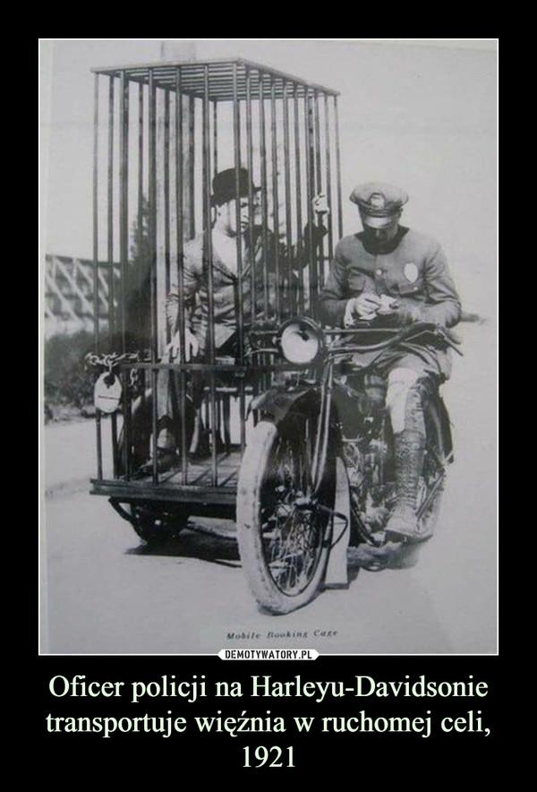 Oficer policji na Harleyu-Davidsonie transportuje więźnia w ruchomej celi, 1921 –