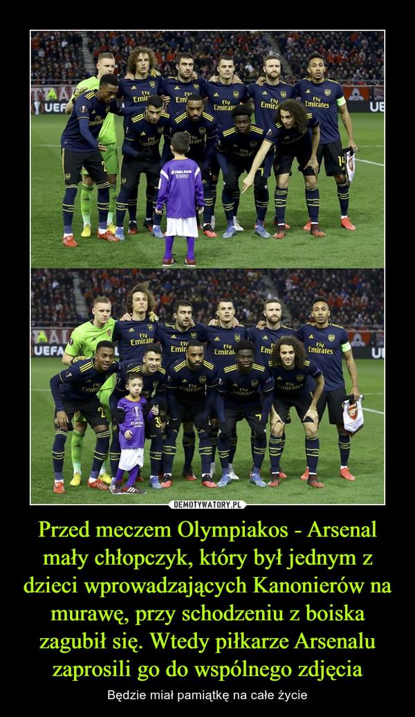 Przed meczem Olympiakos - Arsenal mały chłopczyk, który był jednym z dzieci wprowadzających Kanonierów na murawę, przy schodzeniu z boiska zagubił się. Wtedy piłkarze Arsenalu zaprosili go do wspólnego zdjęcia – Będzie miał pamiątkę na całe życie