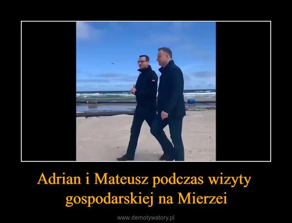 Adrian i Mateusz podczas wizyty gospodarskiej na Mierzei –